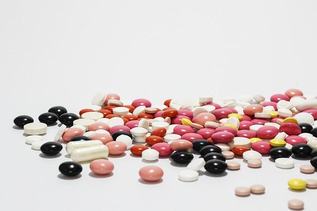 """alt=""""Há conflito entre interesses de farmacêuticas e sociedade, diz OPAS/OMS"""""""